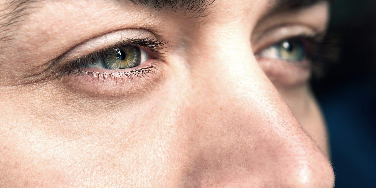 The Healing Power of Eye Contact